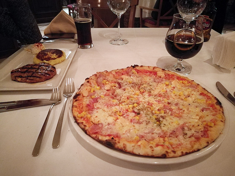 Pizza Bonifacio and serbian pljeskavica.