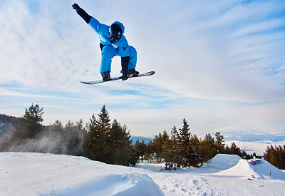 The snow park of Borovets is especially attractive for more experienced snowboarders