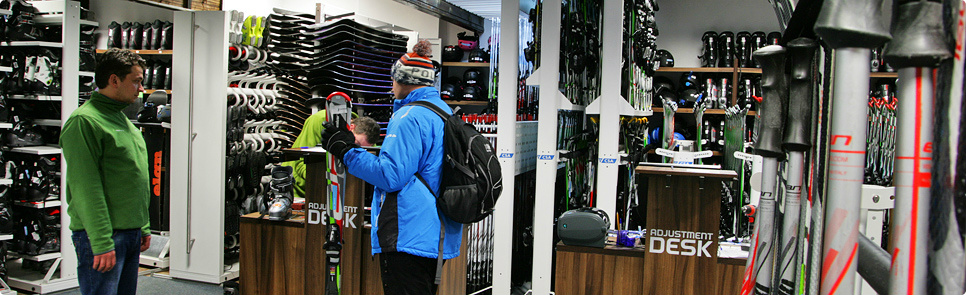 Ski & Board Traventuria rental shop inside and out